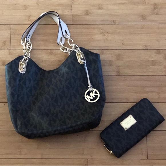 f22aff1361f Bags   Michael Kors Matching Purse And Wallet Set   Poshmark